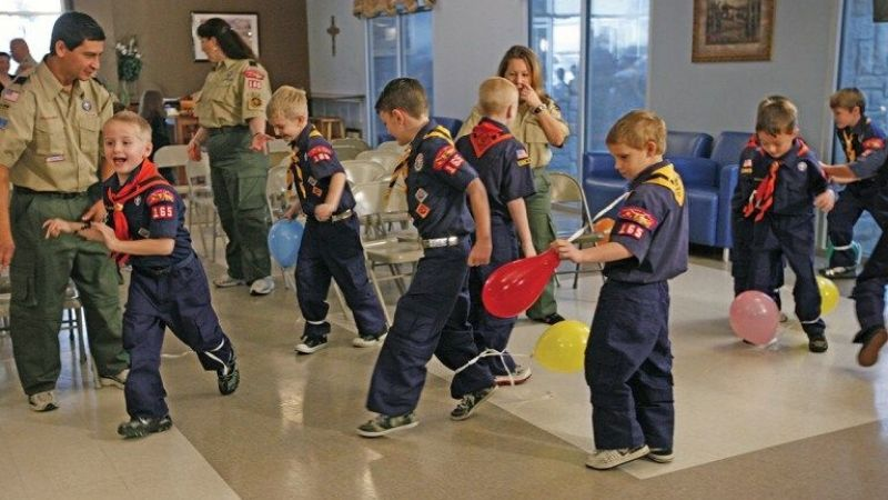 cub scout playing games